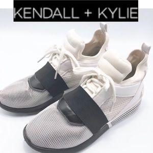 Kendall & Kylie White Mesh Black Band Sneaker 9